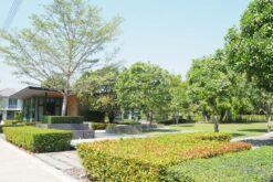 พฤกษาวิลล์ 88 ศาลายา พื้นที่ส่วนกลาง มีสวนหย่อม ออกกำลังกาย