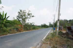 ขายที่ดิน อยุธยา บางปะอิน ติดถนน เหมาะทำบ้านจัดสรร หน้าที่ดินติดถนน มีเสาไฟฟ้าผ่าน