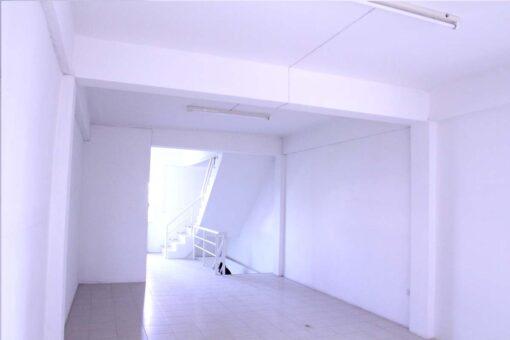 ขายอาคารพาณิชย์ 4 ชั้น 22 ตรว ใกล้ห้างเซ็นทรัล โลตัสอยุธยา