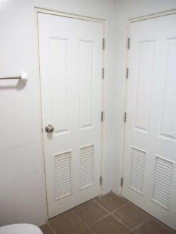 บ้านฟ้ากรีนเนอรี่ ปิ่นเกล้า-สาย 5 ทาวน์เฮ้าส์มือสอง ศาลายา ห้องน้ำชั้นบน เข้าออกได้ 2 ประตู