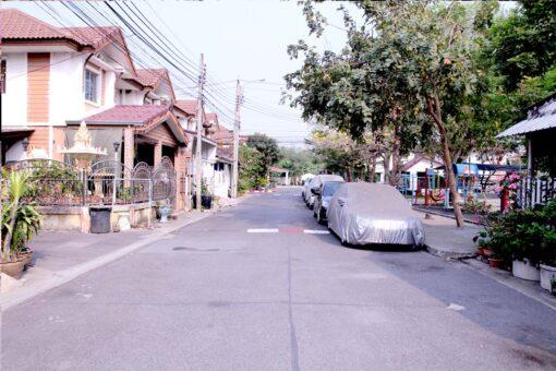 บ้านพฤกษาวิลล์ 3 ดอนเมือง สรงประภา ถนนหน้าบ้าน
