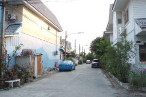 หมู่บ้าน มณฑล 6 ถนนภายในซอยข้างตัวบ้าน