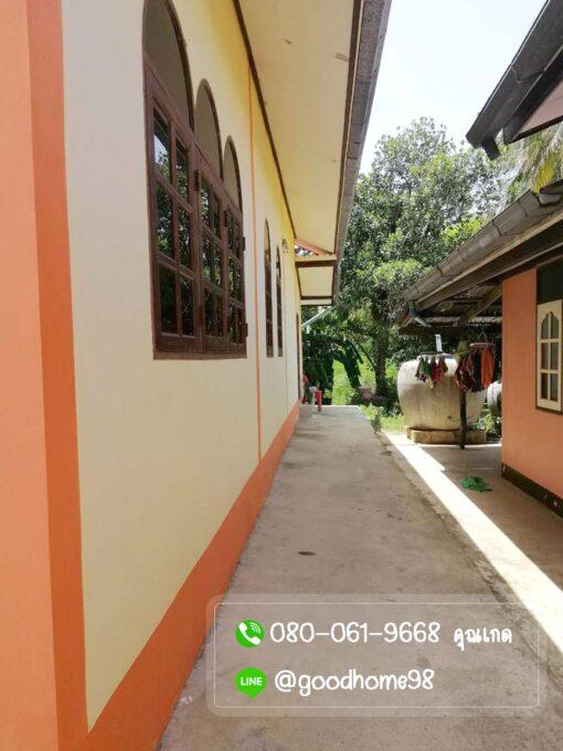 ขายบ้านพร้อมที่ดิน สุพรรณบุรี 300 ตรว. บ้านเดี่ยวมือสอง ข้างบนเทพื้นปูน ใกล้บ้าน 1 หลัง