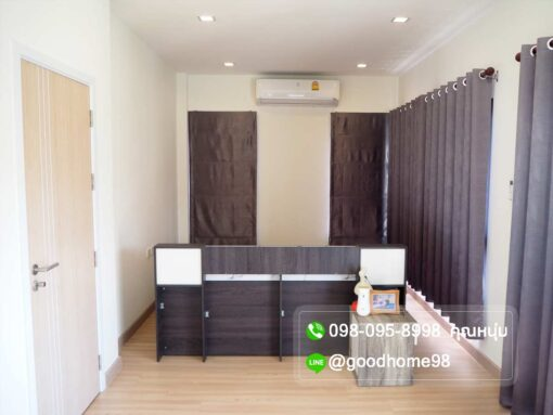 ขายบ้าน สามพราน หมู่บ้านนาวาสิริ บ้านสวยสภาพใหม่ ห้องนอน Master Bedroom พร้อมแอร์