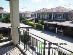 ขายบ้าน สามพราน หมู่บ้านนาวาสิริ บ้านสวยสภาพใหม่ ระเบียงหน้าบ้าน