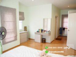 เดอะบาลานซ์ ศาลายา บ้านเดี่ยวมือสอง ห้องนอน Master Bedroom พร้อมแอร์ ผ้าม่าน